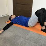 肩こりや腰痛解消に!話題の「筋膜リリース」のやり方