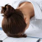 なかなか取れないその疲れは「副腎疲労」?副腎疲労の解消法