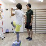 高齢者も、高齢者になる前にも!転倒予防に腸腰筋の筋トレ