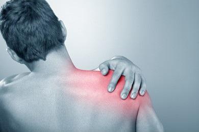 まずは控えてみよう!肩こり・腰痛の意外な原因